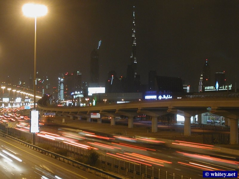 Night skyline with Burj Khalifa, Dubai, VAE.