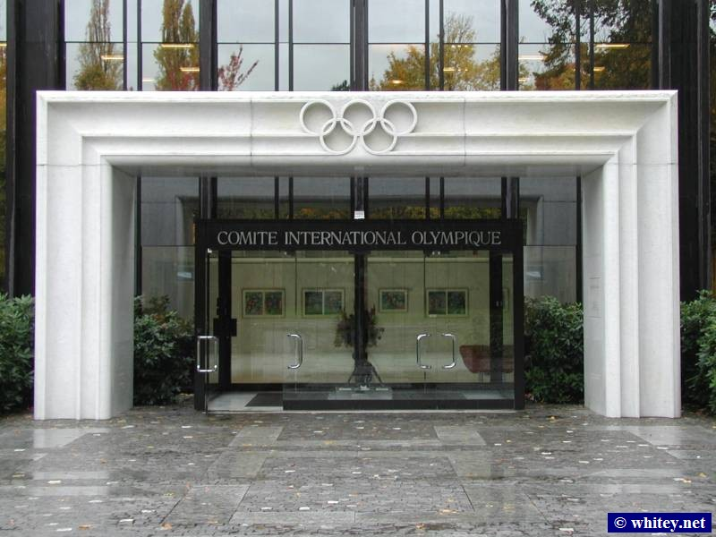 The International Olympic Committee Headquarters, Lausanne, Suiza. (Octubre 31)