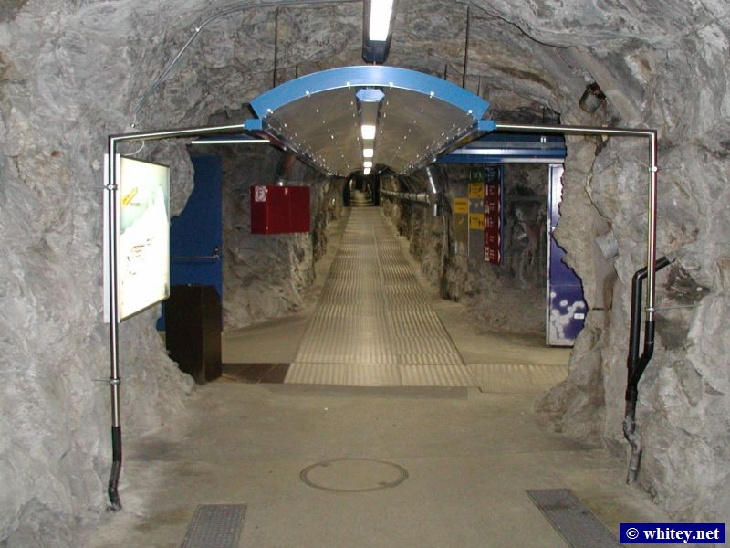 Tunnel inside 少女峰, 瑞士.