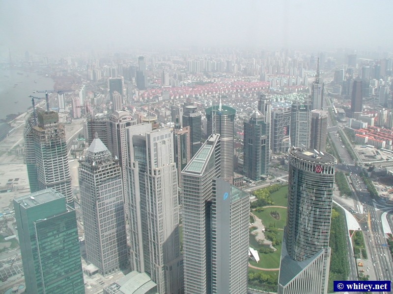 View towards the north east (Pudong) from Torre Oriental Pearl, Xangai, China. 浦东新区, 东方明珠塔.