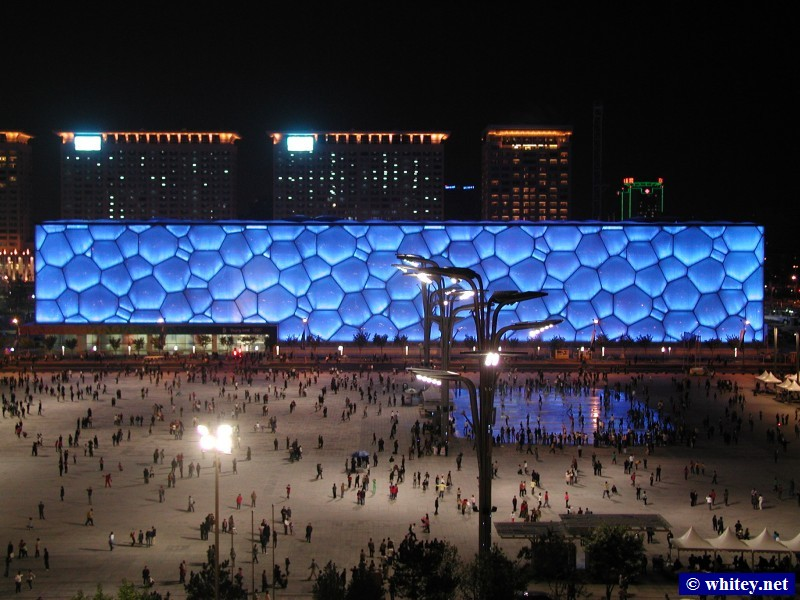 Night View of Cube d'eau from Nid d'Oiseau, Pékin, Chine.  水立方 夜景.