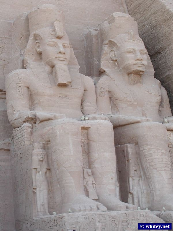 Close-up of The Great Temple, Abou Simbel, Égypte.