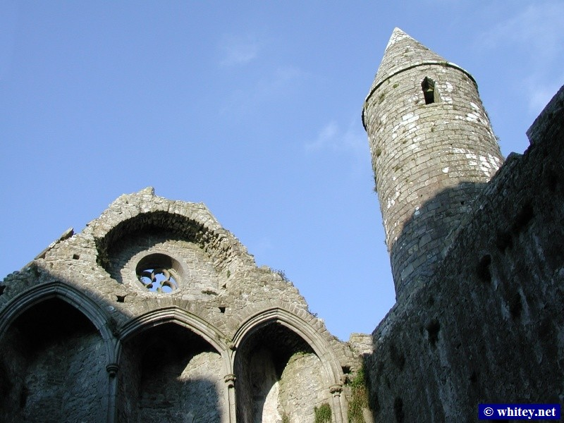 Inside the Castelo de Cashel, Irlanda.