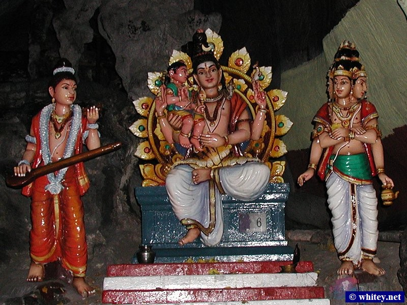 Idols inside the Batu Caves, 吉隆坡, 马来西亚.